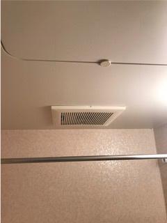 換気扇から浴室乾燥暖房機への取替