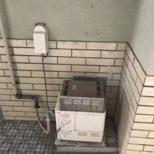 風呂釜から給湯器取替工事前1