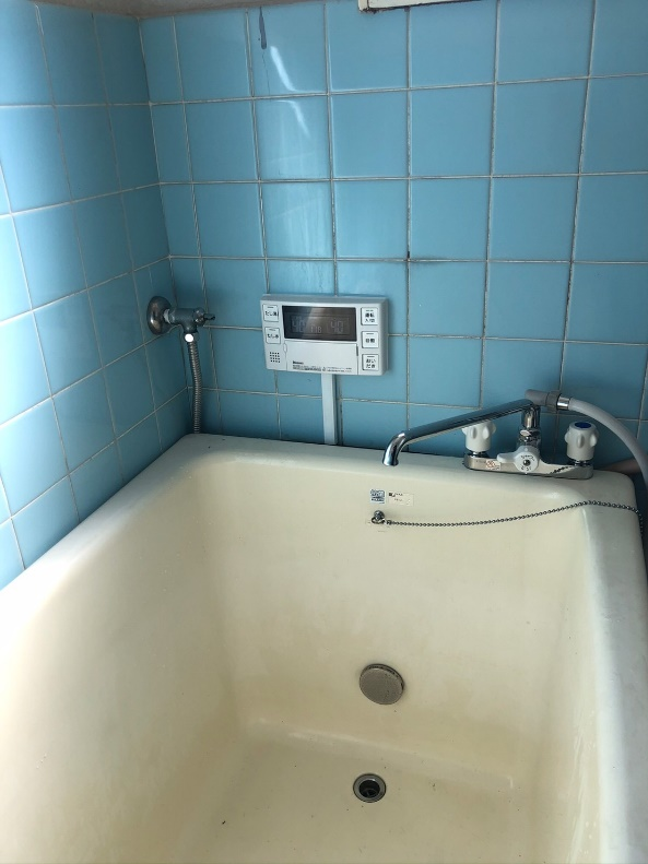 壁貫通型給湯器取替工事