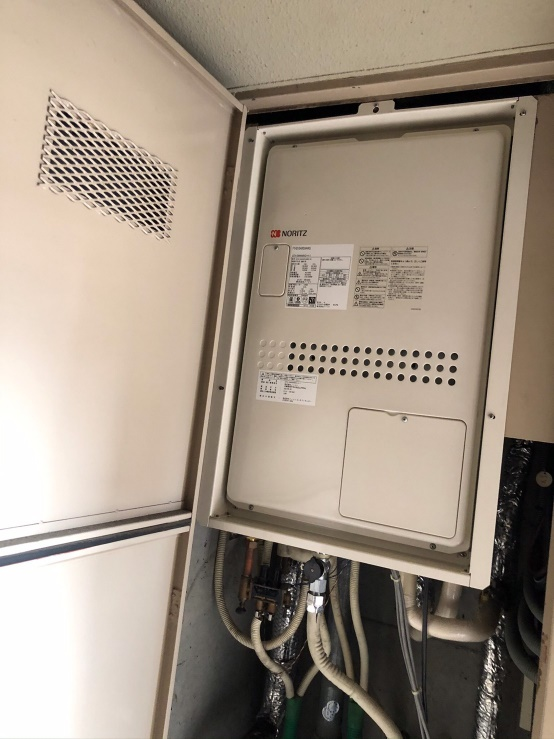給湯暖房用熱源機取替工事